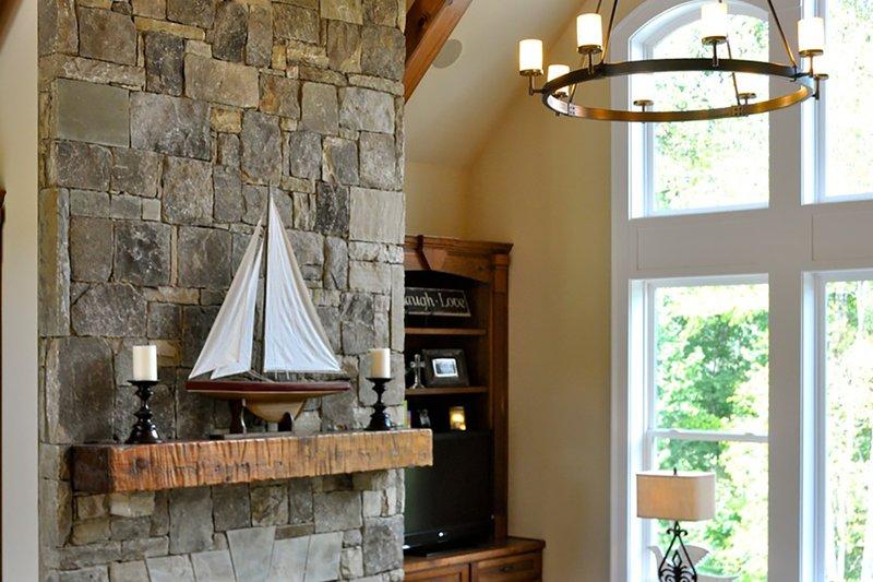 Craftsman Interior - Family Room Plan #437-60 - Houseplans.com