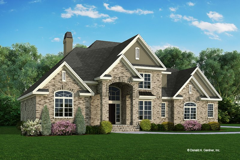 House Plan Design - Traditional Exterior - Front Elevation Plan #929-341