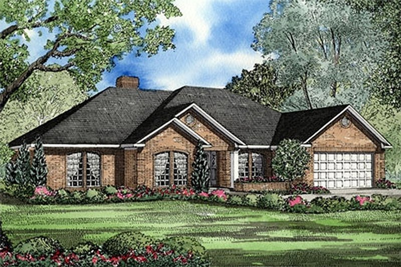 Traditional Style House Plan - 4 Beds 2.5 Baths 2158 Sq/Ft Plan #17-147 Exterior - Front Elevation