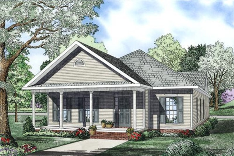 Traditional Exterior - Front Elevation Plan #17-2419 - Houseplans.com