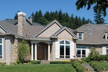 Dream House Plan - Traditional Photo Plan #48-424