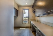 Traditional Interior - Laundry Plan #892-25