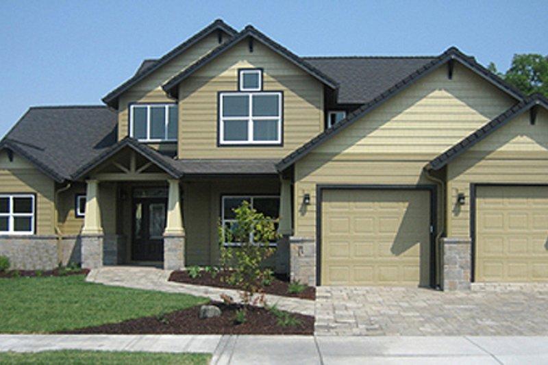 Dream House Plan - Craftsman Exterior - Front Elevation Plan #124-534
