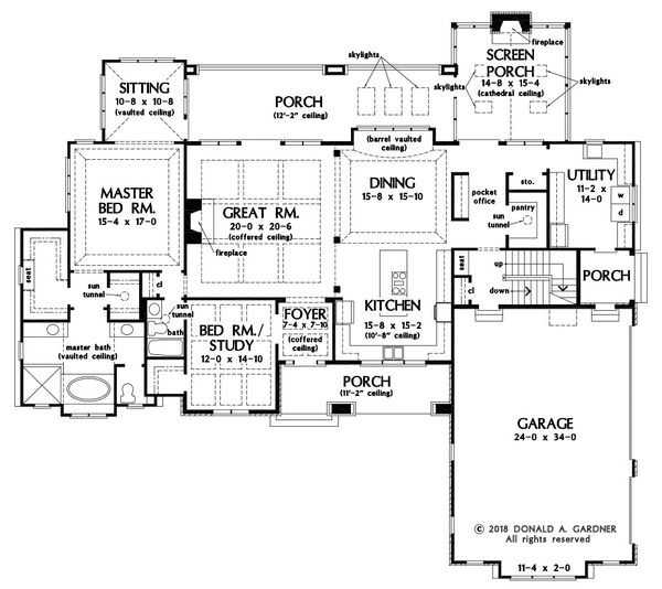 Craftsman Floor Plan - Main Floor Plan Plan #929-1072