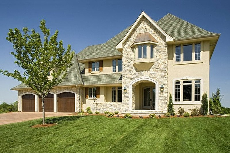 Traditional Style House Plan - 5 Beds 4.5 Baths 4576 Sq/Ft Plan #56-603 Exterior - Front Elevation