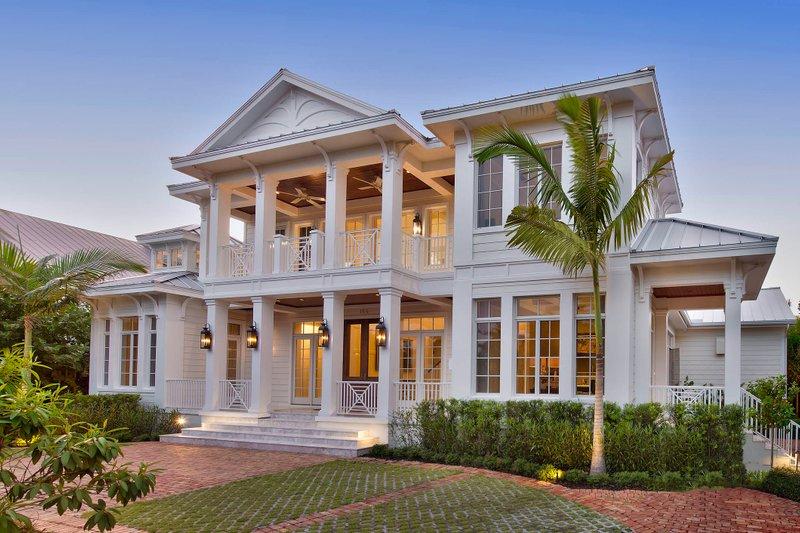 Mediterranean Style House Plan - 5 Beds 6 Baths 8183 Sq/Ft Plan #27-558