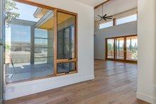 Contemporary Interior - Entry Plan #892-22