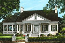 Classical Exterior - Front Elevation Plan #137-124