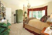 Craftsman Style House Plan - 3 Beds 2 Baths 2320 Sq/Ft Plan #132-200 Interior - Master Bedroom