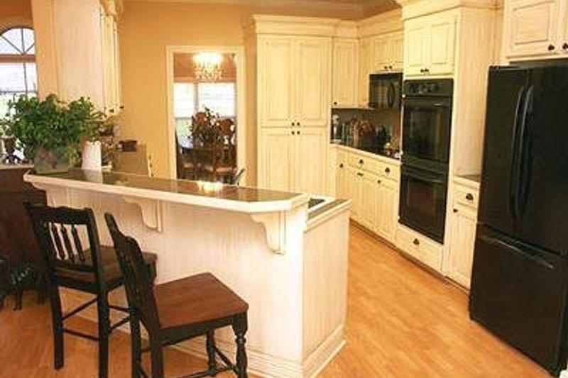 Traditional Photo Plan #21-251 - Houseplans.com