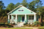 Craftsman Style House Plan - 3 Beds 2 Baths 1664 Sq/Ft Plan #461-57 Exterior - Front Elevation