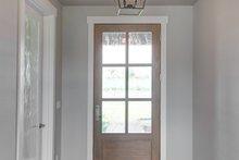 Farmhouse Interior - Entry Plan #1070-51