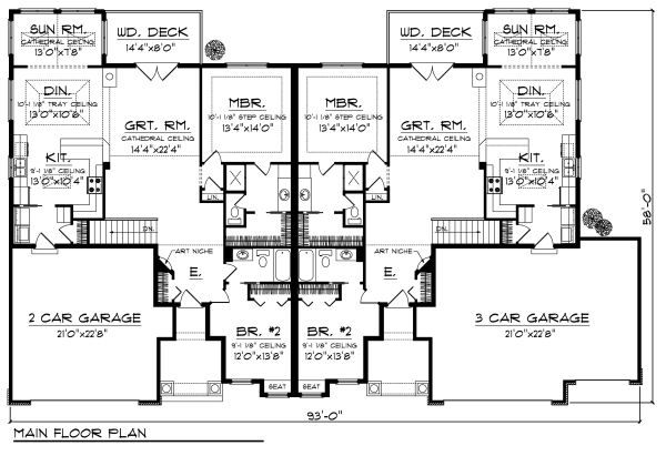 Traditional Floor Plan - Main Floor Plan Plan #70-894