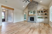 Home Plan - Plan 1067-1 Great Room