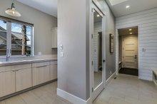 House Plan Design - Laundry/Mudroom