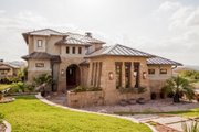 Prairie Style House Plan - 4 Beds 4.5 Baths 3716 Sq/Ft Plan #80-198 Exterior - Front Elevation