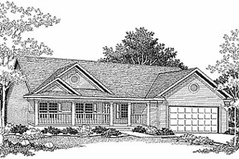 Traditional Style House Plan - 3 Beds 2 Baths 1342 Sq/Ft Plan #70-114