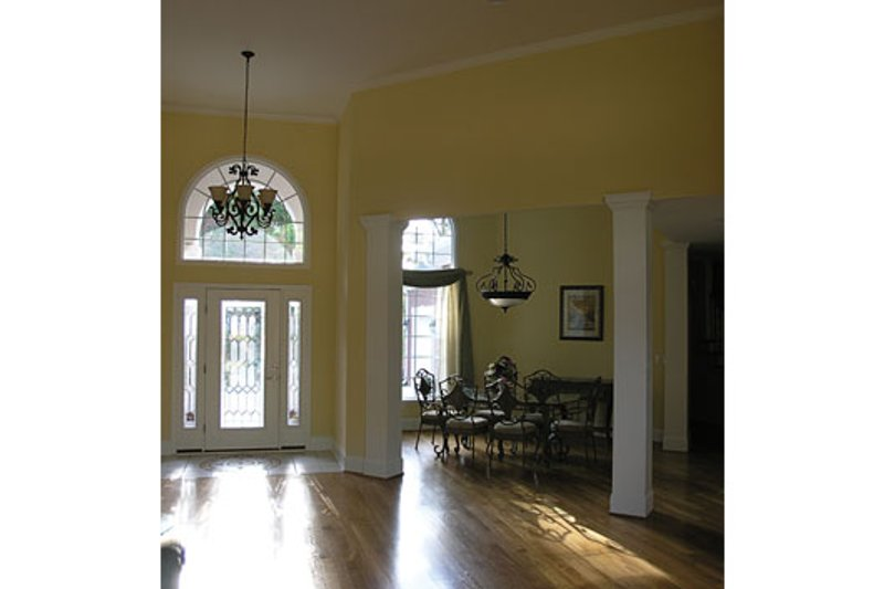 Colonial Photo Plan #453-33 - Houseplans.com
