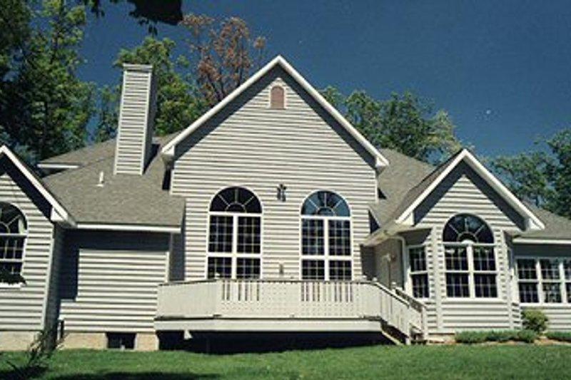 Traditional Exterior - Rear Elevation Plan #70-510 - Houseplans.com