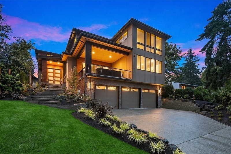 Contemporary Style House Plan - 4 Beds 3.5 Baths 3980 Sq/Ft Plan #1066-62 Exterior - Other Elevation