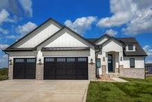House Design - Ranch Exterior - Front Elevation Plan #70-1477