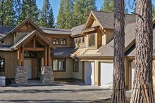 Craftsman Exterior - Front Elevation Plan #892-4