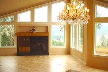 Home Plan - Craftsman Photo Plan #124-621