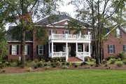 Southern Style House Plan - 4 Beds 3 Baths 3805 Sq/Ft Plan #137-170 Exterior - Front Elevation