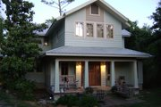 Craftsman Style House Plan - 4 Beds 3.5 Baths 2538 Sq/Ft Plan #536-7 Exterior - Front Elevation