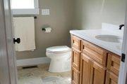 Craftsman Style House Plan - 3 Beds 2.5 Baths 2235 Sq/Ft Plan #932-10 Interior - Bathroom