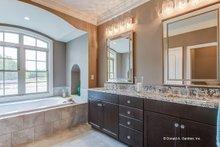 Craftsman Interior - Master Bathroom Plan #929-973