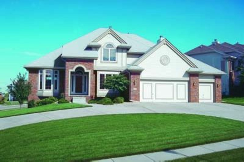 Dream House Plan - Traditional Exterior - Front Elevation Plan #20-897