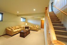Family Room - 1900 square foot Cottagez