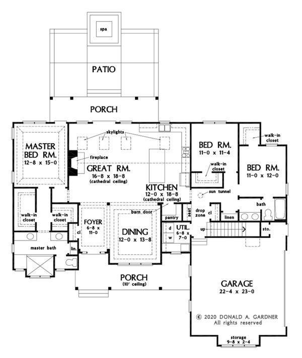 Dream House Plan - Farmhouse Floor Plan - Main Floor Plan #929-1114