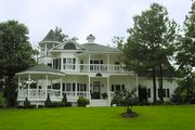 Victorian Style House Plan - 4 Beds 3.5 Baths 3131 Sq/Ft Plan #137-249 Exterior - Front Elevation