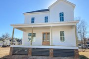 Traditional Style House Plan - 4 Beds 3 Baths 2887 Sq/Ft Plan #69-390