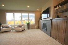 Architectural House Design - Prairie Interior - Family Room Plan #124-969