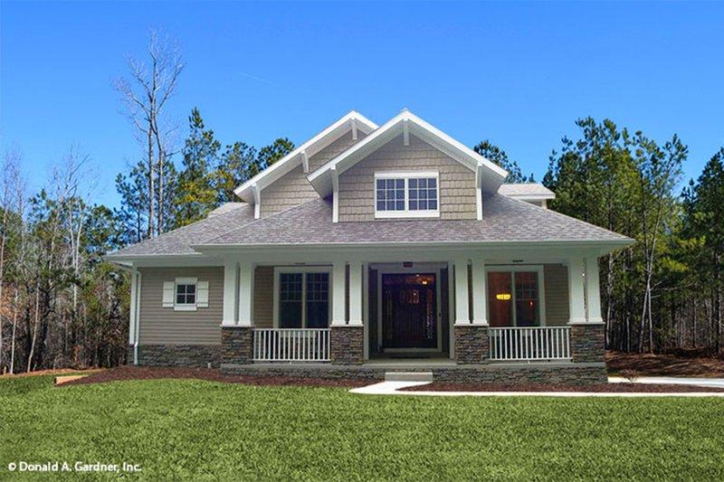 Bungalow Exterior - Front Elevation Plan #929-38 - Houseplans.com