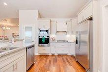 Craftsman Interior - Kitchen Plan #48-532