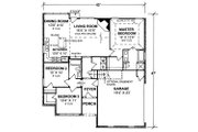 Traditional Style House Plan - 3 Beds 2 Baths 1270 Sq/Ft Plan #20-334 Floor Plan - Main Floor Plan