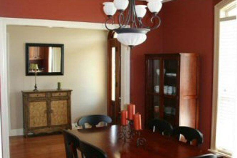 Traditional Photo Plan #21-272 - Houseplans.com