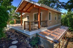 Cottage Exterior - Front Elevation Plan #890-3