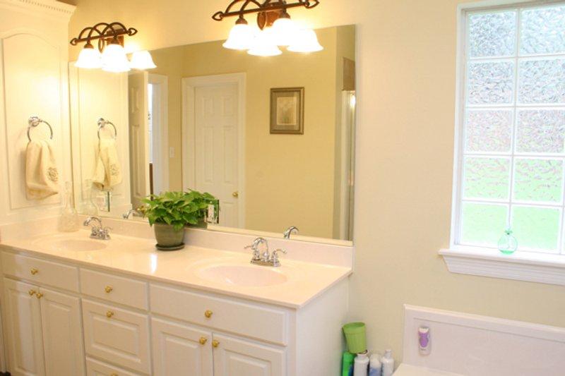 Traditional Interior - Master Bathroom Plan #21-139 - Houseplans.com
