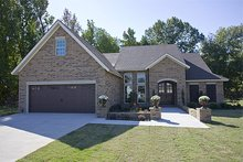 Home Plan - European Exterior - Front Elevation Plan #17-123