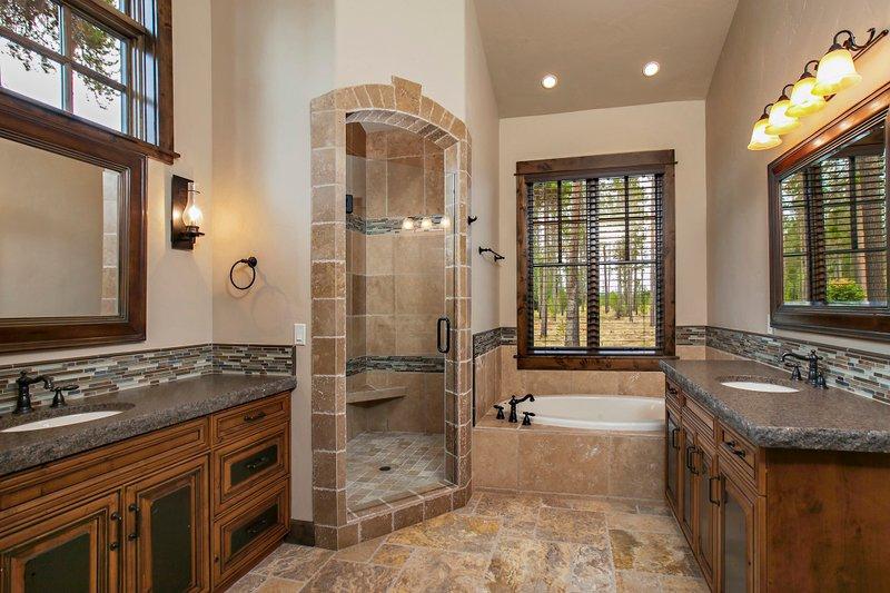 Craftsman style house design, Master bathroom photo