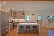 Craftsman Interior - Kitchen Plan #901-138