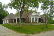 Traditional Style House Plan - 3 Beds 2.5 Baths 2314 Sq/Ft Plan #70-367 Photo