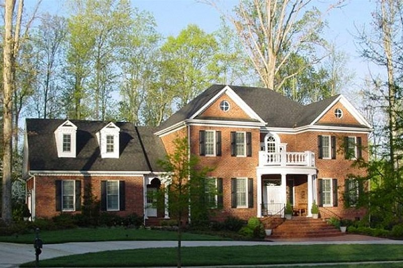 Southern Exterior - Front Elevation Plan #137-139 - Houseplans.com