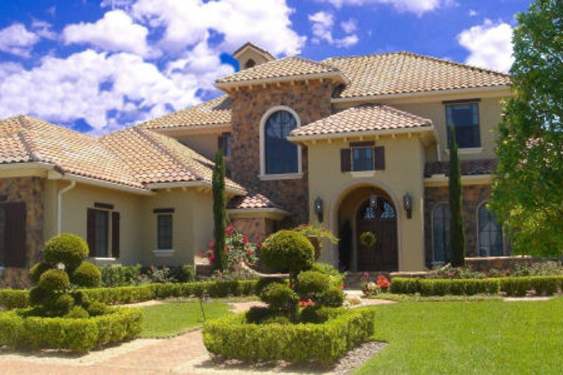 Mediterranean Style House Plan - 5 Beds 6 Baths 6765 Sq/Ft Plan #135-199 Exterior - Front Elevation
