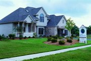 Traditional Style House Plan - 4 Beds 2.5 Baths 1999 Sq/Ft Plan #20-666 Exterior - Front Elevation